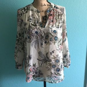 High low floral blouse